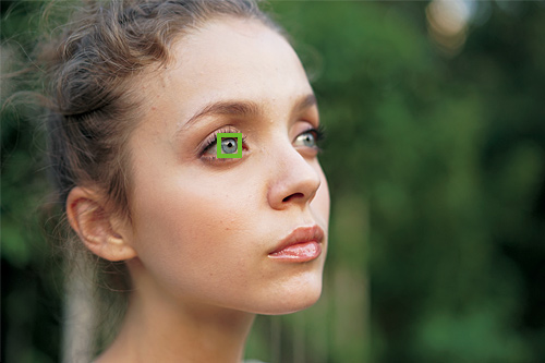 y_a7_eyeAF