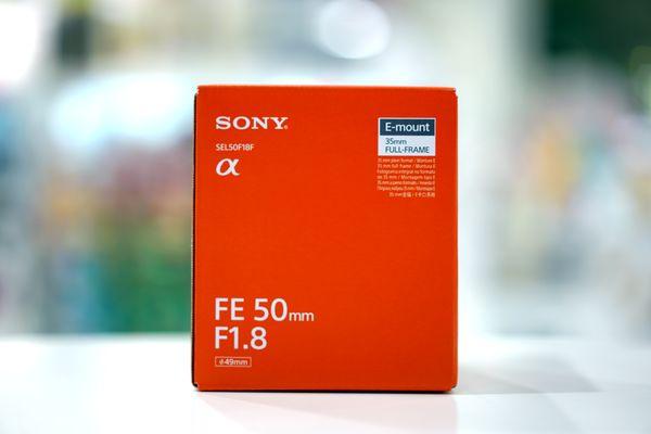 SEL50F18F_0001